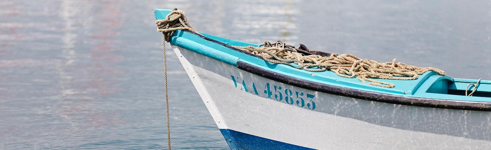bateau peche en mer