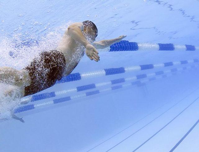 nageur piscine presqu ile