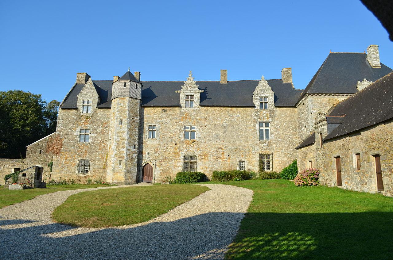 chateau du plessis josso theix